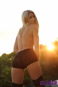 Charlotte-Markham-Strips-Nude-By-The-Pool-g6xlq5po76.jpg