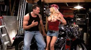 Helly Mae Hellfire - This Ain't American Chopper sc3