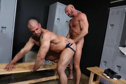MenOver30 – Prime Aged Muscle (Jaxx Thanatos & Killian Knox) Bareback