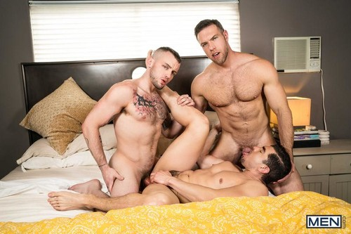 MEN – Dick Swap Part 2 (Alex Mecum, Colton Grey & Jeremy Spreadums) Bareback