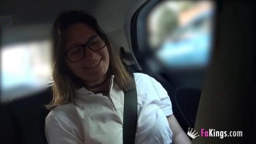 Patricia Colegiala - Me Escapo Del Cole! Que Se Jodan Mis Padres, Las Monjas Y El Mundo. Tengo 18 Aos Y Hoy Me Estreno En El Porno! (2019/FAKings.com/HD)