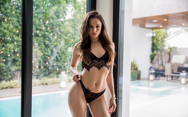 Tori knew nude — photo 10