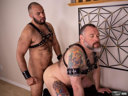 HairyAndRaw - My Meat (Angel Ferrari & Kurt Jacobs) Bareback