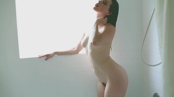 Naked Glamour Model Sensation  Nude Video - Page 3 Ljbz8mj68vwz