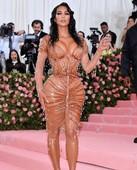 z35lyq06x1u4 - Celebrities nipslip, cameltoe, upskirt, downblouse, topless, nude, etc