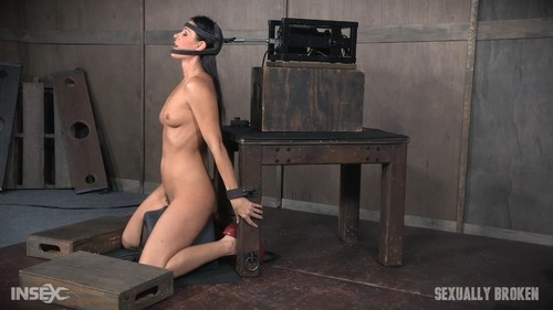 India Summer - India Summer: The ultimate MILF is bound on the world s only face fucking machine ...