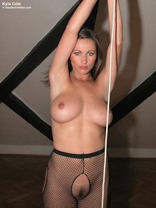 Kyla Cole - Undresses Shows Her Body