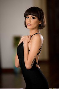New! 05/29/19    Janice Griffith - She's