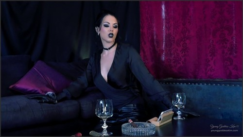 The Serpent's Kiss - Young Goddess Kim  - iwantclips