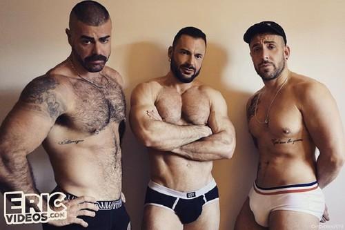EricVideos – Fucked in a stairway (Gabriel, Jose & Mathieu Ferhati) Bareback