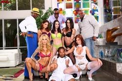 Britney Amber & Dava Foxx & Ray Vaness