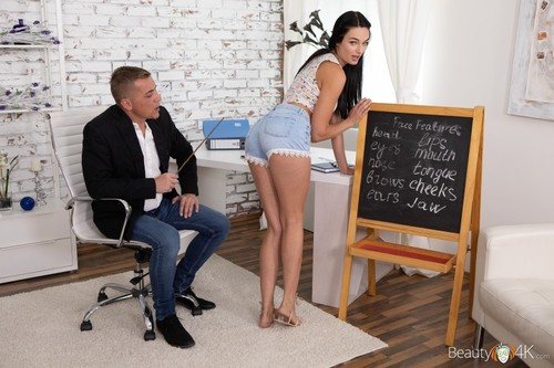 Leanne Lace - Cutie blows tutor's pointer