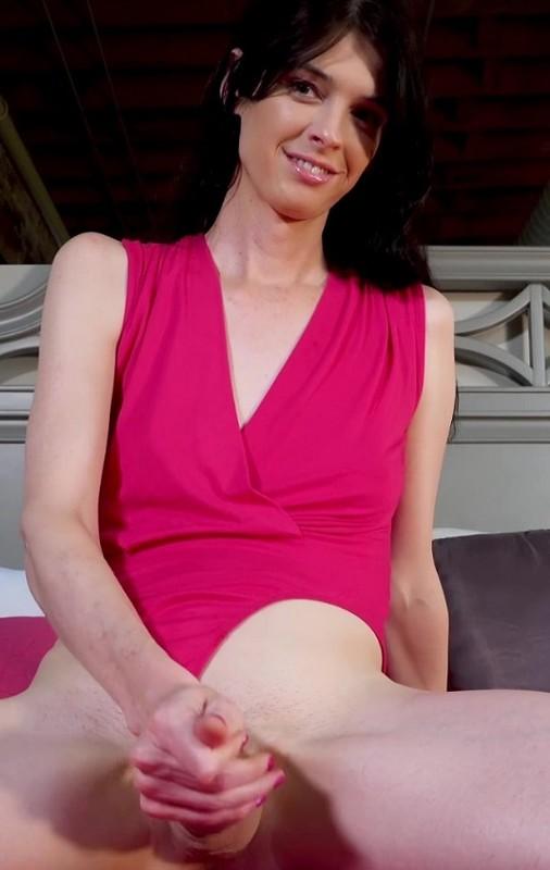 Mandy Mitchell – Pretty Girl Cock Worship (8 August 2019)