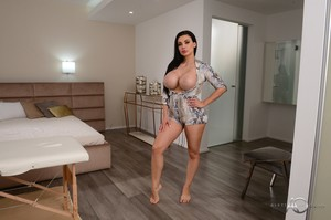 Aletta Ocean - Special Treatment From My