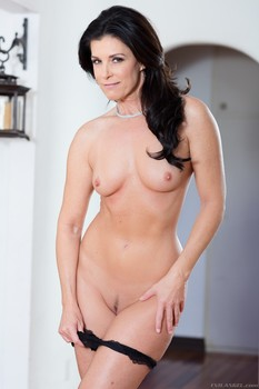 India Summer - MILF India: Taboo Stepson