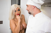 Madelyn Monroe Pussy For The Private Chef