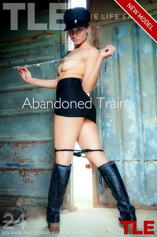 Solange - Abandoned Train 1 (2019-09-09)