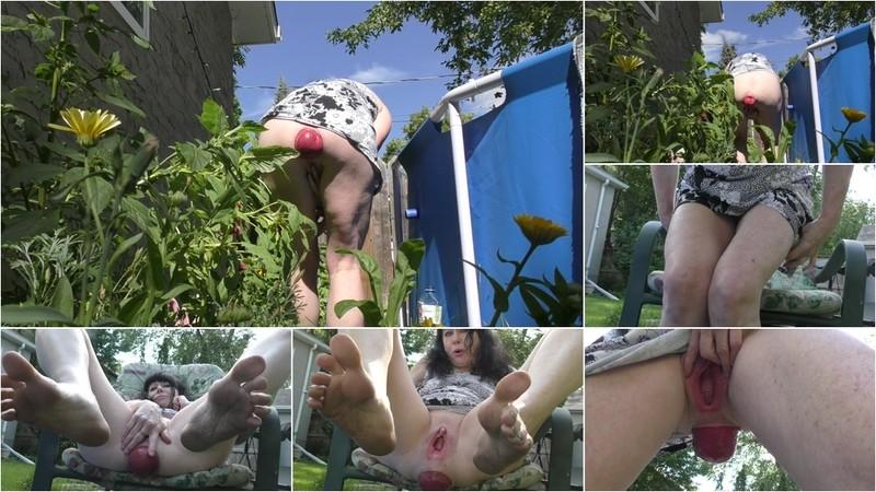 Dirtygardengirl - Garden Flowers - Watch XXX Online [FullHD 1080P]