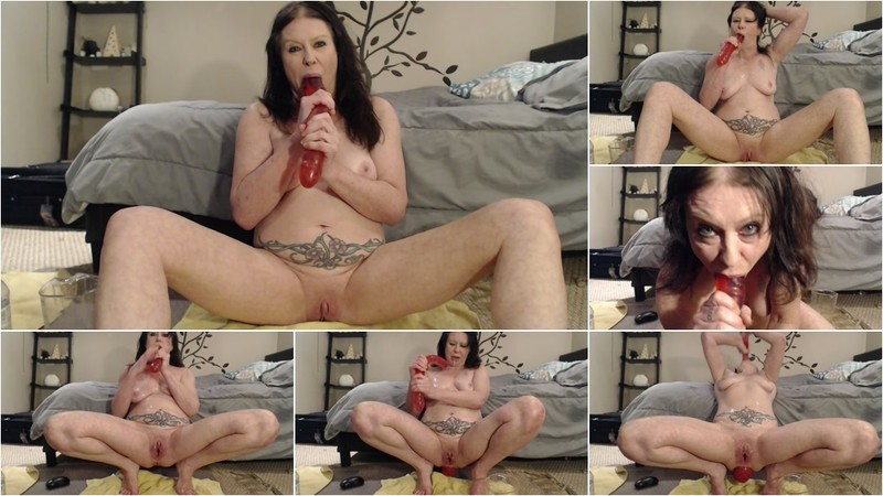 Dirtygardengirl - Dirty Gagging Milf [FullHD 1080P]