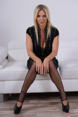 LegalPorno.com - Nadya Basinger Enjoys Black Cocks And Black Champagne IV360