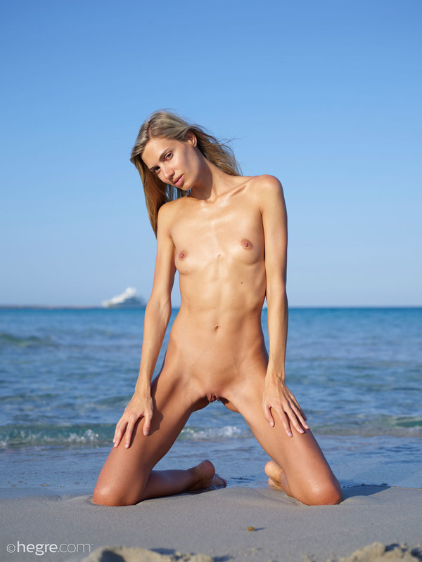 Francy Nude Beach Girl