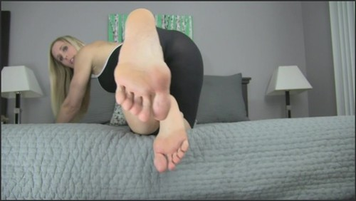 Just Admit you're a Foot Freak! - Princess Lyne  - iwantclips