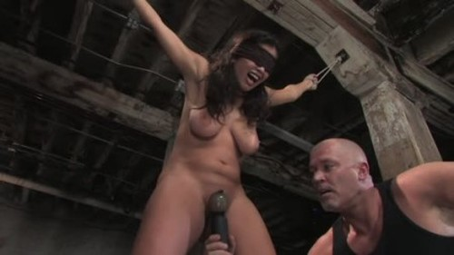 Evie Delatosso Evies First Time - BDSM, Pain and Pleasure